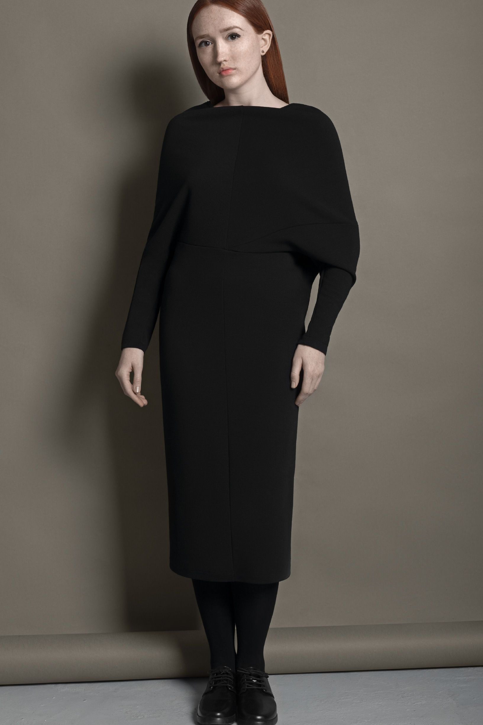 elastic long sleeve dress